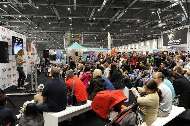 Chrissie Wellington speaks to crowd at Triathlon Show London