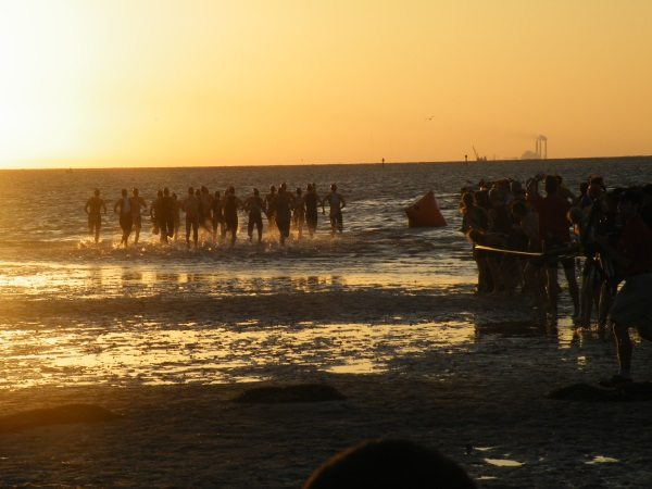 2011 St Anthony's Triathlon sunrise swim start