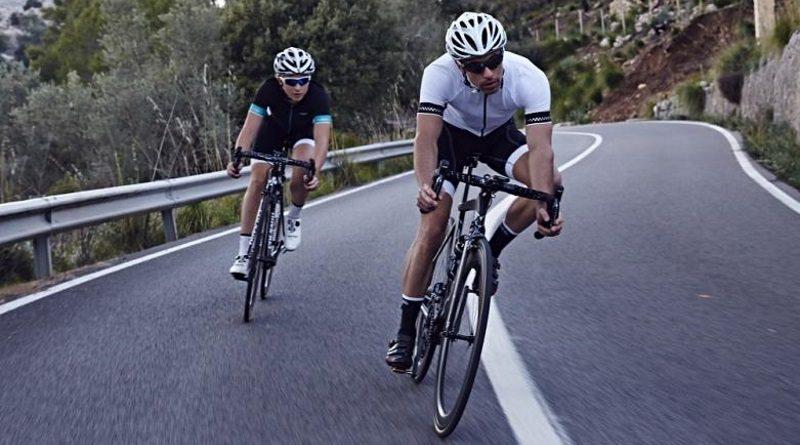 Wiggle cyclists