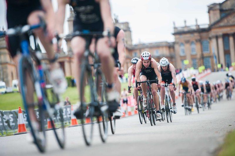 Bloodwise Blenheim Palace Triathlon riders