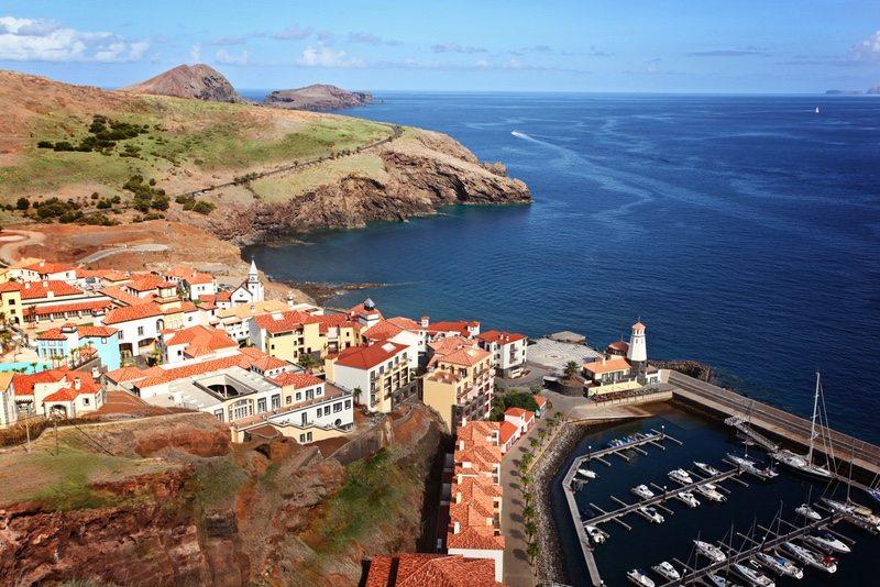 Ocean Lava Madeira town - Pedro Freitas