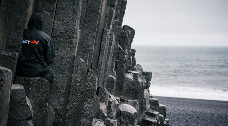 dryrobe beach view - photo Stefan Lindstedt