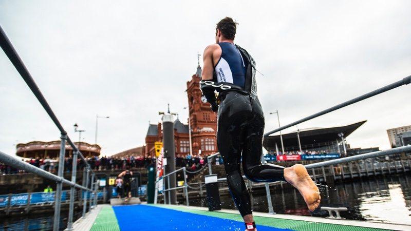 Cardiff Triathlon - swim to bike transition