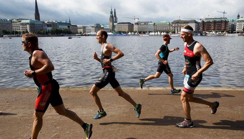 triathletes-run-the-course-in-hamburg-germany-photo-ironman-wtc