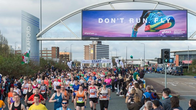 ASICS Greater Manchester Marathon 2017 start