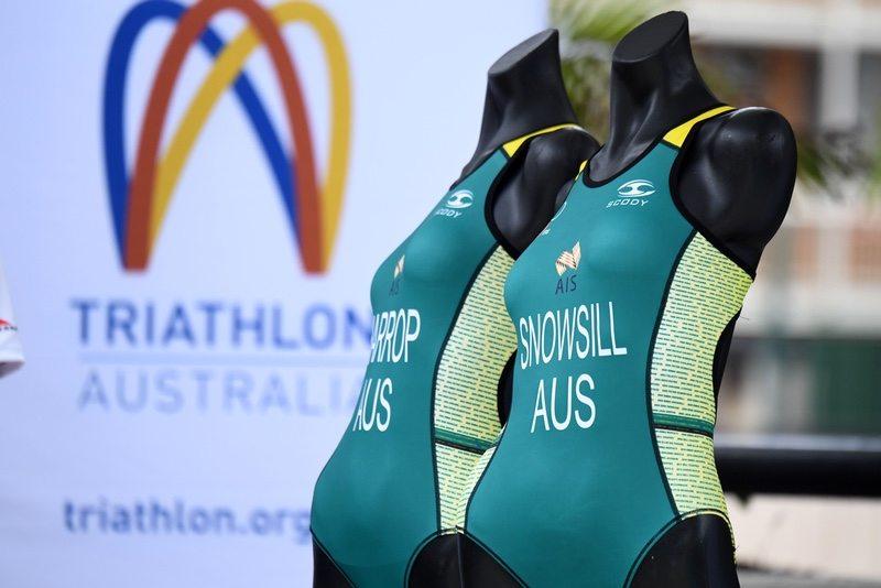 Triathlon Australia apparel - photo credit - Delly Carr - Triathlon Australia