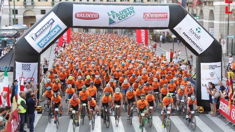 La Fausto Coppi Le Alpi del Mare 2016 race start