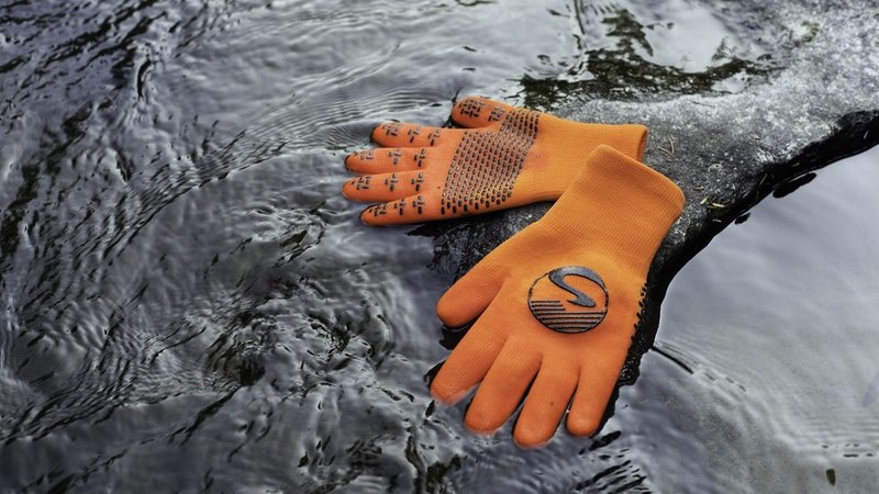 Showers Pass waterproof cycling gloves