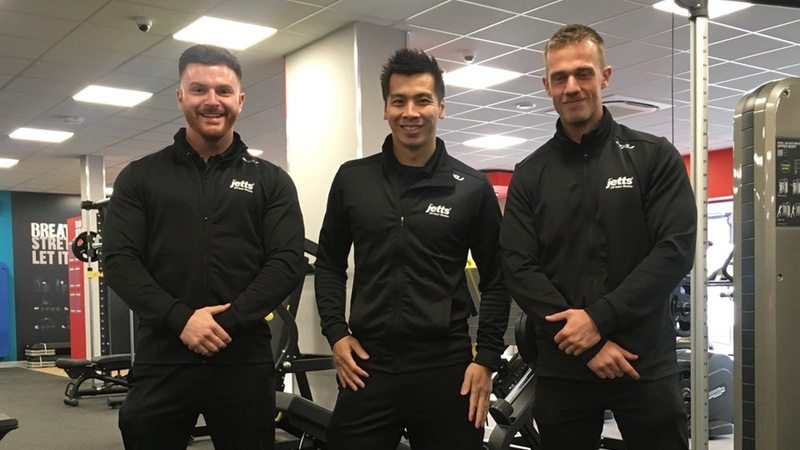 2XU and Jetts in the UK