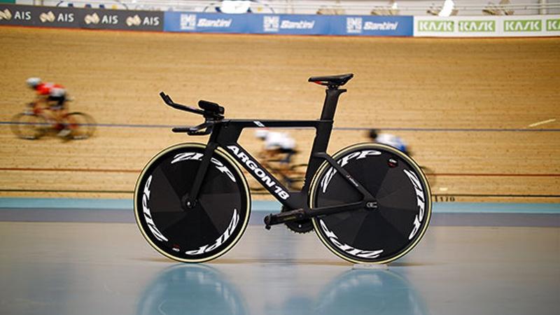 Cycling Australia's track cycling program rolls with Zipp